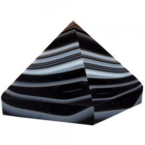 Black Onyx Pyramid 25mm