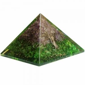 Orgone Pyramid - Amethyst and Peridot with Arcangel Raphael 4cm