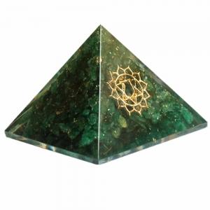 Orgone Pyramid - Heart Chakra Green Aventurine 4cm