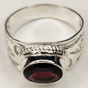 Garnet 925 Silver Ring Size 6