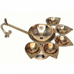 CANDLE HOLDER - Brass Deepak 15cmx5cmx11cm